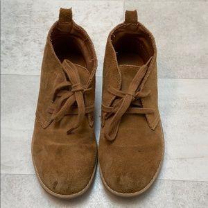 Gap desert boots
